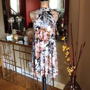 AUDREY 3+1 FLORAL DRESS 👗